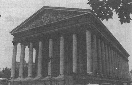 ショパンの葬儀が行われたパリのマドレーヌ寺院。